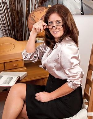 Free Moms Teacher Porn Pictures