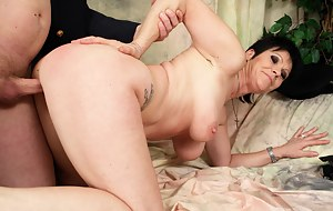 Free Moms Ass Fucking Porn Pictures