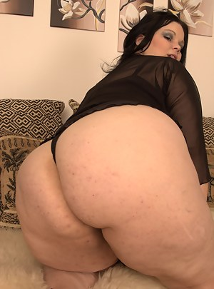 Free Big Ass Moms Porn Pictures
