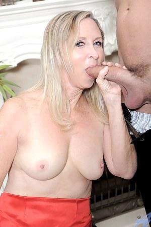 Free Moms Big Cock Porn Pictures